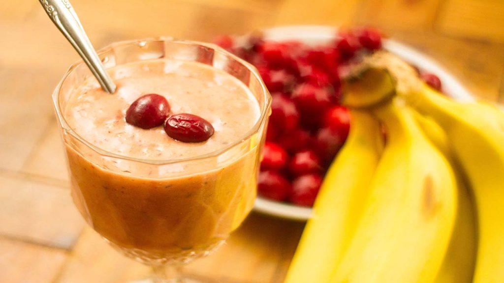 Рецепт смузи клюква банан