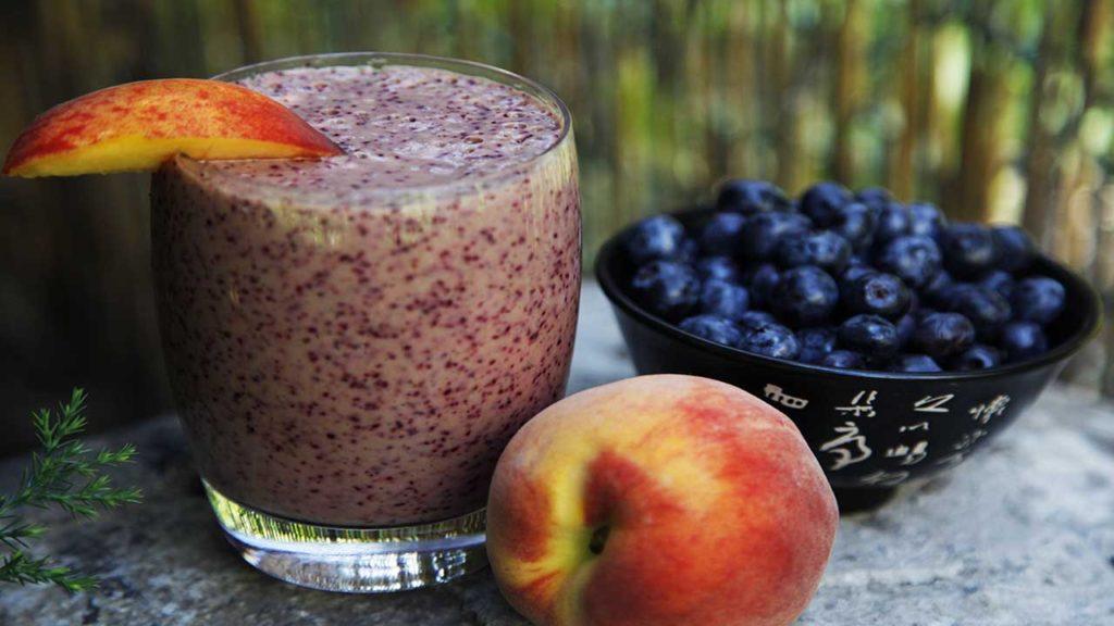 Рецепт смузи черника персик