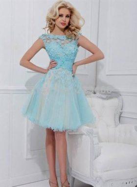 Голубое короткое платье