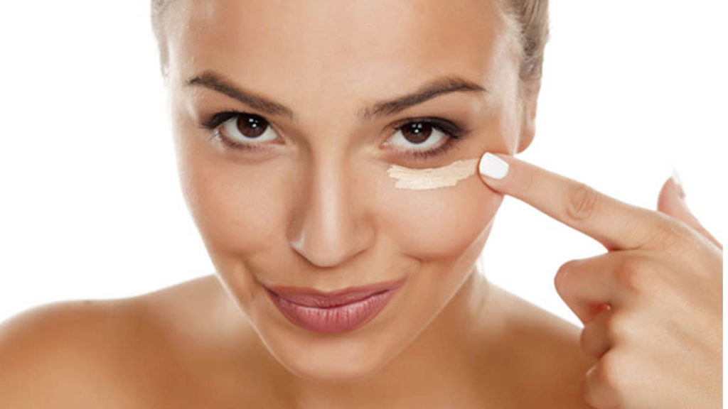 Как ухаживать за кожей век и вокруг глаз