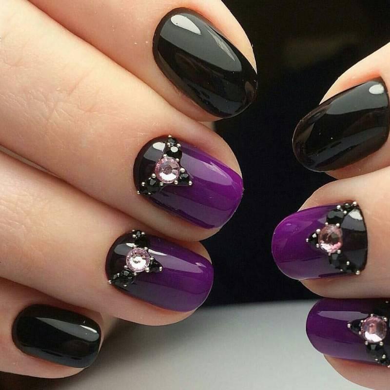 Ультрафиолетовый маникюр на осень