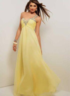 Желтое длинное платье