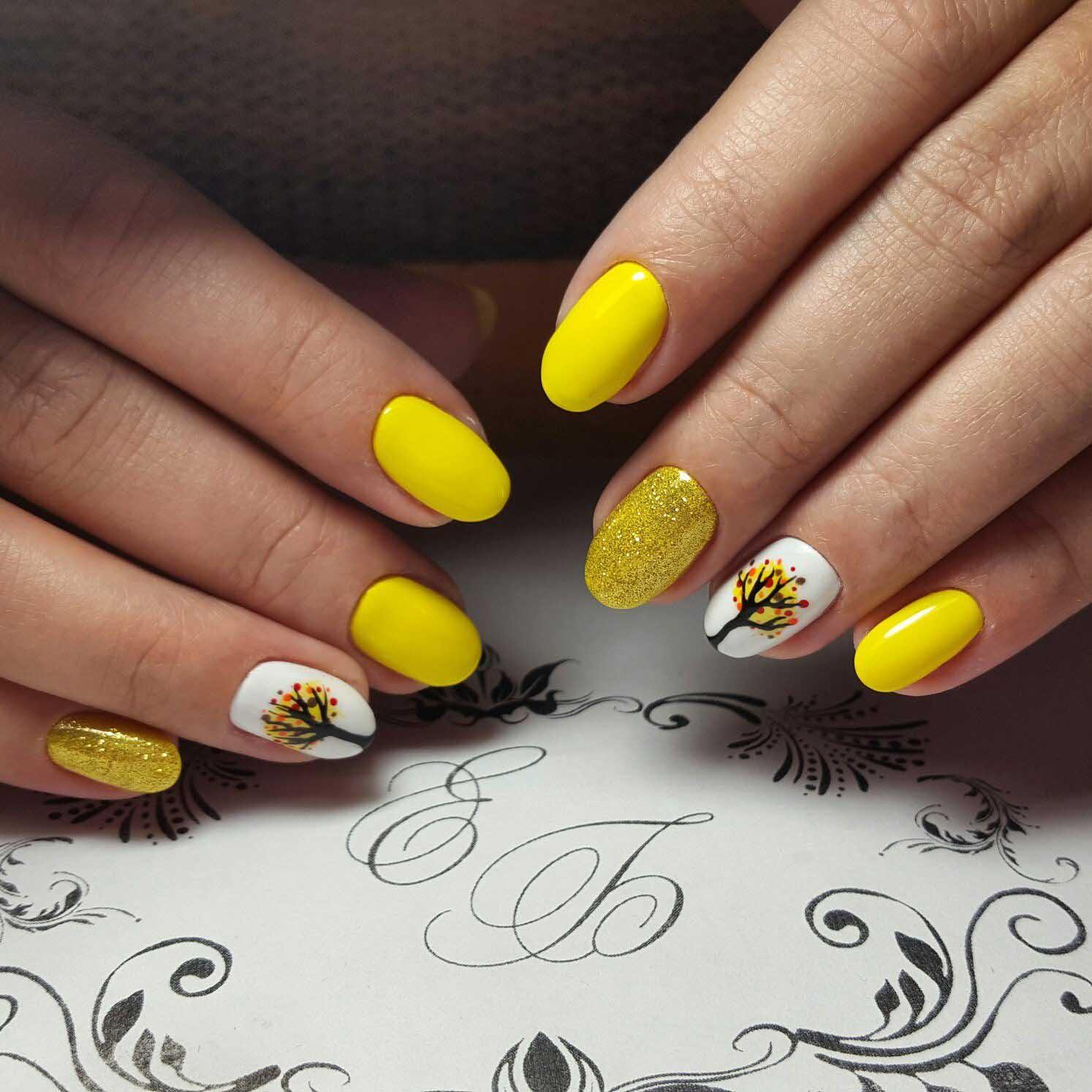 Желтые оттенки в осеннем дизайне ногтей