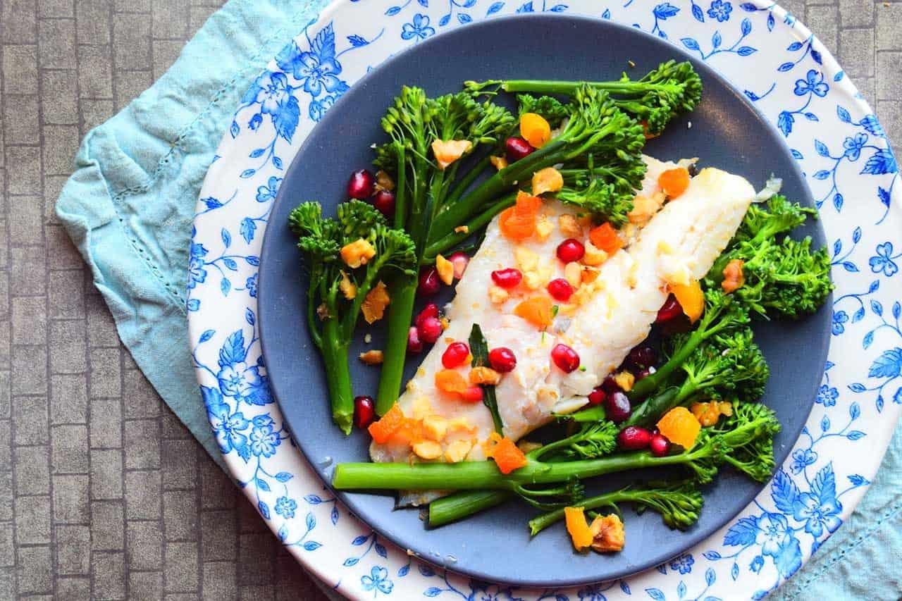 Нежирная рыба с овощами