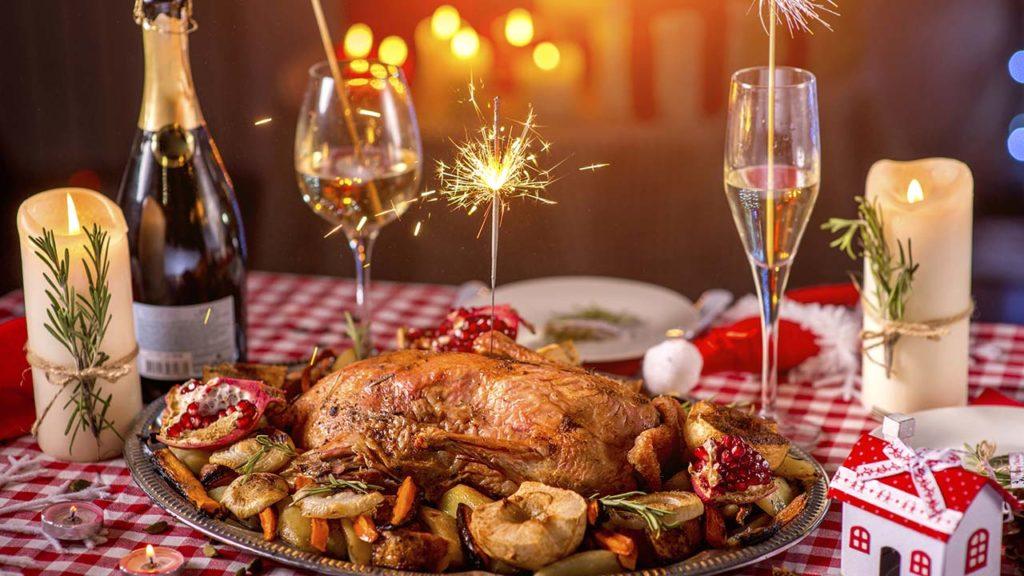 Рецепты вкусных салатов к новогоднему столу